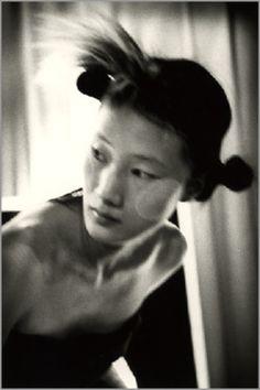 createdmagicalbeauty:Yohji Yamamoto backstage,photographer Donata Wenders
