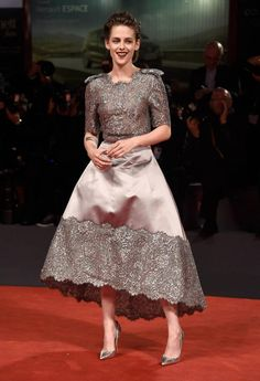 The gorgeous Americanstar stunned on the red carpet wearing a dreamy gown from Chanel's 2015 couture collection. Description from stylevitae.com. I searched for this on bing.com/images