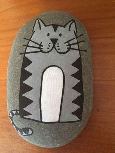 50 Inspiring DIY Painted Rocks Animals Cats for Summer Ideas 37 Pebble Painting, Pebble Art, Stone Painting, Diy Painting, Painted Rock Animals, Painted Rocks Craft, Hand Painted Rocks, Painted Sticks, Rock Painting Ideas Easy