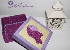 Caixa em MDF (madeira) trabalhada com tecido e patchwork embutido!  Passarinho Andorinha