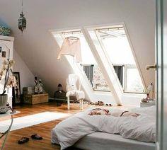 Extraordinary Attic bedroom loft,Attic storage poulsbo and Attic bedroom design ideas. Dream Bedroom, Home Bedroom, Bedroom Decor, Loft Bedrooms, Airy Bedroom, Bedroom Interiors, Master Bedroom, My New Room, My Room