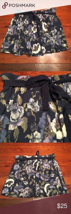 NWT LC Lauren Conrad floral skirt size xxl 76% cotton 21% polyester 3% spandex LC Lauren Conrad Skirts Mini