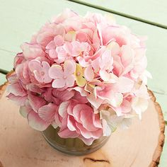 Take a look at the Floral Favorites: Décor event on zulily today!