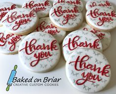 Corporate thank you cookies Thank You Cake, Thank You Cookies, Thank You Cupcakes, Sugar Cookie Royal Icing, Iced Sugar Cookies, Galletas Cookies, Cupcake Cookies, Cookie Gifts, Cookie Desserts