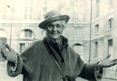 Françoise Dolto - Wikipedia, la enciclopedia libre-Médica pediatra y psicoanalista francesa famosa por sus descubrimientos en psicoanálisis de la infancia.
