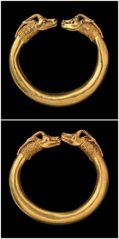 GOLD IBEX BRACELETS - Greek 4thC BC. | British collection