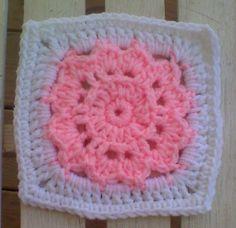 """FLOWER LOVE IN 2D 6"""" SQUARE - free crochet pattern"""