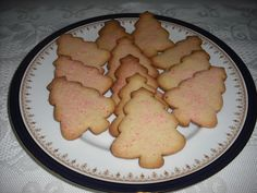 Christmas Tree Roll-Out Cookies  http://recipemarketing.blogspot.com/2012/12/christmastree-roll-out-cookies.html  #Christmas #Tree #Roll-Out #Cookies #Recipes