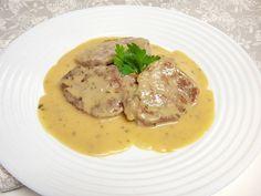 Preparamos una deliciosa receta de Solomillo de cerdo con salsa de yogur, muy fácil y con pocos ingredientes, te la recomiendo.