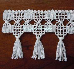 Easiest Crochet Frills Border Ever! Crochet Art, Crochet Home, Love Crochet, Filet Crochet, Crochet Motif, Crochet Doilies, Crochet Flowers, Crochet Boarders, Crochet Stitches Patterns
