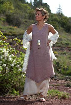 Linen Tunic and sarouel skirt // AMALTHEE CREATIONS