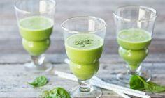 Grüner Smoothie (Spinat-Apfel-Hagebutte)