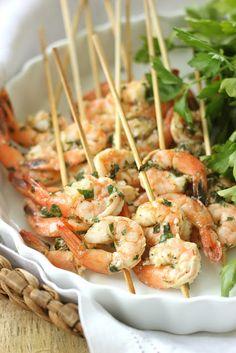 Yes, please!  -- Lemon Basil Shrimp Skewers Party on the Patio   Summer Entertaining Jenny Steffens Hobick #chillingrillin