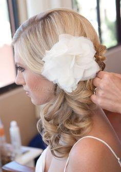 esküvői+frizurák+hosszú+hajból+-+oldal+lófarok+