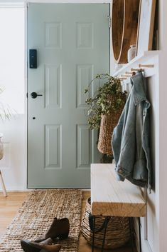 Our Sage Front Door and Painting Tips. Learn my simple tips to get a professional finish. Many are making simple mistakes that they aren't aware of! Green Front Doors, Painted Front Doors, Front Door Decor, Front Door Painting, Back Door Entrance, Best Front Door Colors, Home Safes, Vestibule, Deco Design