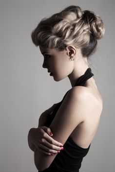 Looking to channel hairstyles from the Victorial era? Check out our collection o. - Looking to channel hairstyles from the Victorial era? Check out our collection of 23 Victorian hairstyles we love. Victorian Era Hairstyles, Victorian Hairstyles, Vintage Hairstyles, Loose Hairstyles, Hairstyles Haircuts, Wedding Hairstyles, Hair Rat, Best Color, Ashy Blonde Hair
