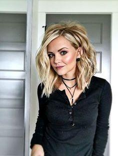 Stunning Blonde lob hair