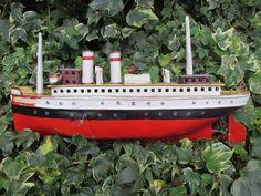 VIDEO Marklin Luzern? 30cm clockwork boat liner has no name germany 1915-20 bing