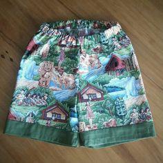 "Karen Williamson (@what.the.frock) on Instagram: ""#Kiwiana shorts finished!#Maori Village fabric."