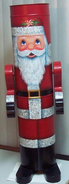 Père Noël sur tuyau Création Danielle Todd (danytodd)