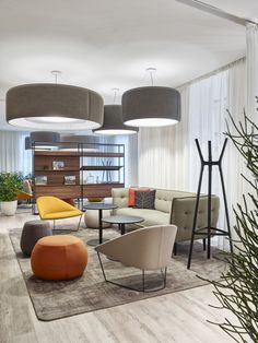 20 Modern Office Space Design That Attract The Best Employees – Modern Home Office Design Look Office, Cool Office Space, Office Space Design, Modern Office Design, Workspace Design, Office Interior Design, Office Interiors, Commercial Office Design, Modern Offices