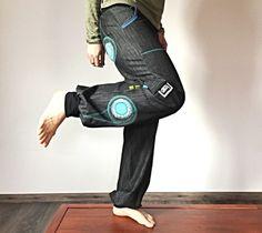 ...džínové kalhoty... Backpacks, Bags, Fashion, Handbags, Moda, Fashion Styles, Backpack, Fashion Illustrations, Backpacker