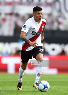 Enzo Perez of River Plate drives the ball during a match between River Plate and Boca Juniors as part of the Superliga at Monumental Stadium on November 2017 in Buenos Aires, Argentina. Messi, Football Players, Ronaldo, Athlete, Carp, Soccer, November, Thankful, Mariana