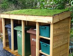 Hand-made bin & log storage units. The green roof can be filled with sedum, other succulents, alpines, herbs and grasses to add more beauty and green space. Recycling Storage, Storage Bins, Roof Storage, Back Gardens, Outdoor Gardens, Backyard Patio, Backyard Landscaping, Bin Store Garden, Bin Shed
