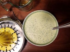 👎🏼Garlic Cilantro Sauce from Pollo Tropical. This was nothing like pollo tropical. Way too strong. Cilantro Garlic Sauce, Garlic Dipping Sauces, Copycat Recipes, Sauce Recipes, Cooking Recipes, Pollo Tropical, Sauce Dips, Restaurant Recipes, I Love Food