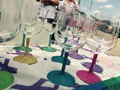 Glitter Wine Glasses,Custom Wine Glasses,Valentiens Wine Glasses New Y – Hucklett's Creations
