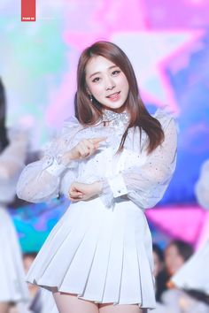 Yeonjung Kpop Girl Groups, Kpop Girls, Kpop Aesthetic, Mamamoo, G Friend, Cosmic Girls, Stage Outfits, Little Star, Pop Fashion