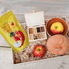 Weihnachtsgeschenk für Kunden: Bratapfel, Sorbet und Römertopf in robuster Holzverpackung - auf Wunsch mit Firmenlogo und Versandservice www.benefizshoppen.de #weihnachtsgeschenk #kunden #weihnachtspräsent #bratapfel