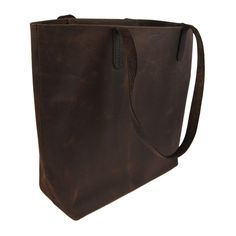 CAUSEGEAR Designed in Chicago. Made in India. The buffalo leather DAY TOTE is fashionable and practical. The DAY TOTE is great for traveling around town or around the wor