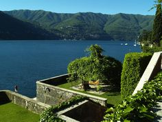 Do you love this landscape? It could be the landascape of your wedding in Italy....your wedding in the Italian Lake disctrict