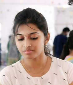 Beautiful Girl Indian, Beautiful Girl Image, Beautiful Indian Actress, Beautiful Actresses, Indian Natural Beauty, Indian Beauty Saree, I Want Girl Friend, Beauty Full Girl, Beauty Women