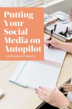 Are you stressed about posting consistently AND on time? Sometimes it can feel like an unfeasible goal to make sure you're delivering up to date content on a regular basis. So we've compiled a few steps that you can take to help you streamline your posting so that your content is continuously flowing for each Platform. Social Media Content, Social Media Tips, Social Media Marketing, Content Marketing, Digital Marketing, Fb Sign, Creative Business, Business Tips, Marketing Consultant