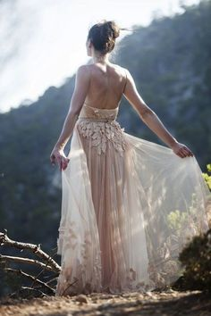 Ideas for wedding boho bridesmaids blushes Pretty Dresses, Beautiful Dresses, Gorgeous Dress, Bridal Gowns, Wedding Gowns, Mode Hippie, Party Mode, Mod Wedding, Fall Wedding