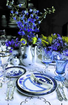 Blue & White - Table Setting