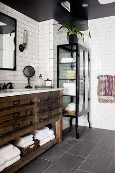 Black and White Subway Tile Bathroom . 30 Amazing Black and White Subway Tile Bathroom . Black and White Tile Bathroom Decorating Ideas New Mid Century Design Jobs, Design Ideas, Design Trends, Design Inspiration, Design Concepts, Style Deco, Bathroom Inspiration, Bathroom Ideas, Bathroom Designs