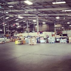 Diversified Entities LLC committed to providing best in class bonded, third party warehousing & logistics services specially tailored to meet the customers multi-temp storage needs. Party Warehouse, Warehouse Logistics, Melrose Park, Relocation Services, Third Party, Chicago, Street View, Scene, Warehouses