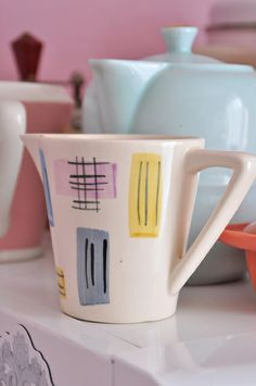 Porcelain Ceramics, Vintage Prints, Mid Century, Jar, Shapes, Mugs, The Originals, Retro, Tableware