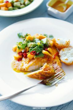 Spicy Orange Salmon With Mango & Avocado Salsa Fish Recipes, Seafood Recipes, Cooking Recipes, Healthy Recipes, Delicious Recipes, Nordic Recipe, My Favorite Food, Favorite Recipes, Mango Sauce