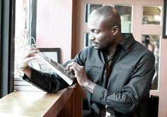 berkhan studio art work look at the book magazine men style fashion high black culture people life live  벌칸 스튜디오 아카이브 프로젝트 아트 워크 셔츠 스냅 지퍼 포켓 디테일 책 잡지 여유 흑인 문화 컬쳐