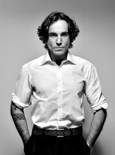 Daniel Day Lewis is such a great actor with neat tattoos:) Male Icon, Daniel Day, Day Lewis, Hollywood, Iconic Movies, Black And White Portraits, British Actors, Best Actor, Tv