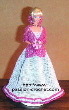crochet pour Barbie pattern - French. Love the snood!