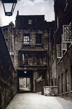 Image result for london alleys 1800s
