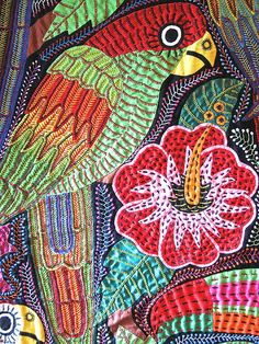 Mola tapestry of Panama by the Women of San Blas Free Motion Embroidery, Embroidery Stitches, Applique, Caribbean Art, Creative Textiles, Thread Art, Sea Art, Button Art, Fabric Art