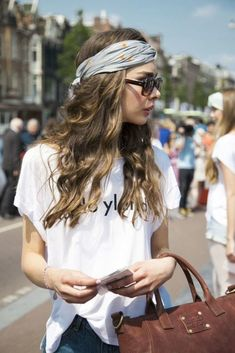 Beachy waves and sunnies are great for a sunny day at Venice Beach, but add some dry shampoo and a tied scarf headband, and you belong in SoCal!