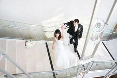St. Louis winter wedding inspiration : L Photographie || Ceremony: Four Seasons || Reception: Four Seasons