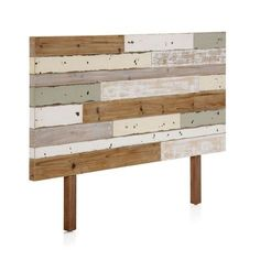 Beds in pallet: Recycled colored wooden headboard The post Beds in pallet: Recycled colored wooden headboard appeared first on Wood Decoration Palette. Beds Are Burning, Rustic Wood Headboard, Diy Headboards, Diy Pallet Furniture, New Room, Diy Home Decor, New Homes, Interior Design, House Styles